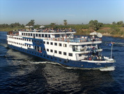 Nile cruise boats