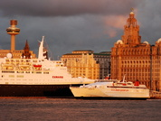 QE2 & Superseacat 2