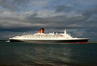 Queen Elizabeth 2 IMO 6725418 70327gt Built 1969