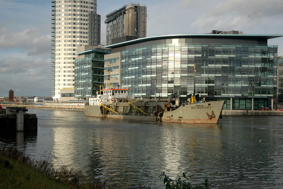 WD Mersey dredging at Salford Quays 6th December 2009