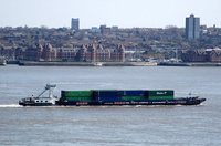 Daisy Doardo on the River Mersey 17/4/2010