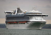 Grand Princess passing Calshot
