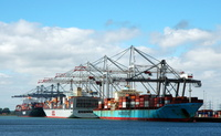 Majestic Maersk OOCL Seoul and Colombo Express at Southampton Container Berths