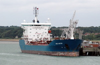 Bro Anton IMO 9150614 11375gt Built 1999 Chemical/Oil Tanker at Hamble Oil Terminal