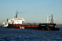 Durrington with tugs Ashgarth and Svitzer Bidston