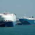 Asian Breeze & Cosco Tengfei at Southampton