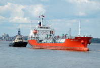 Lady Elena IMO 9167409 with tug Svitzer Maltby