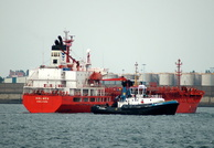 Holmen with Tug Smit Sandon