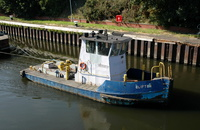 Tug Clifton at Latchford Locks