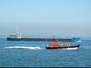 Kento and Cowes Pilot Boat Valarie