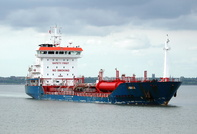 Amanda arriving for Eastham QE2 Dock 16th June 2013