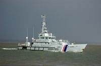 HMC Searcher arriving Cowes Isle of Wight