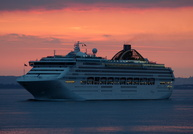 Oceana arriving Southampton at Sunrise
