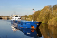 Nestor sailing after loading scrap at Irwell Park 19th April 2016