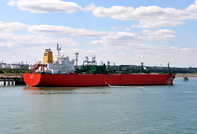 Polar alongside Fawley