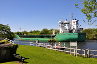 Arklow Fern passing Thelwall Ferry 4th May 2017