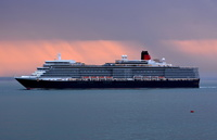 Queen Elizabeth arriving at daybreak
